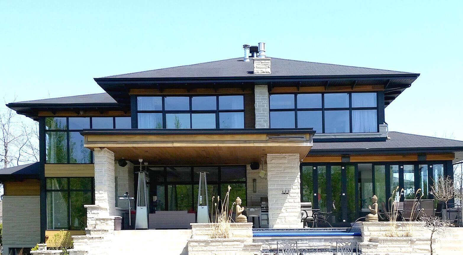 maison design nettoyé par l'entreprise vitrissimo services